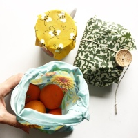 The Reusable Beeswax Wrap & Bag